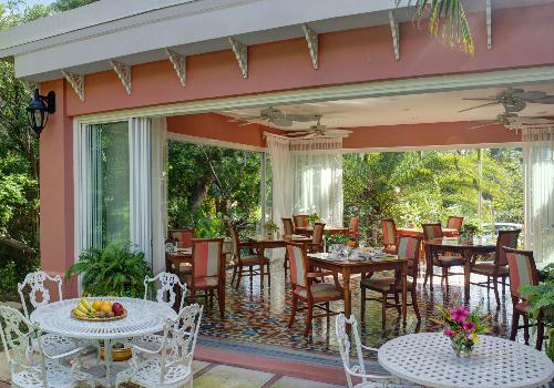 1. Royal Palms Hotel - Hamilton, Bermuda
