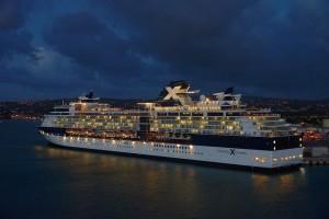 driving-cruise-ship