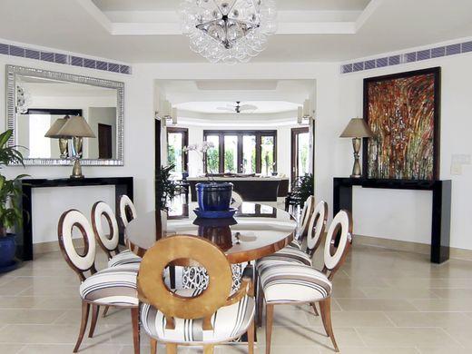 635998104853490273-Oasis-villa-dining-room-credit-CuisinArt-Golf-Resort-Spa
