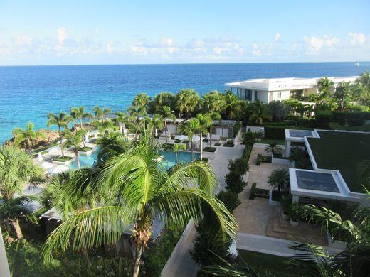 636204452812777292-Aleta-pool-view-from-the-main-building-credit-Melanie-Reffes